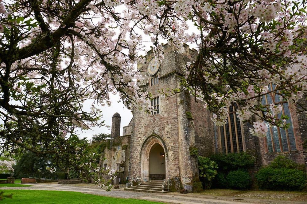 Dartington Hall Wedding in Devon -01